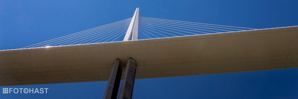 FOT©HAST Millau Bridge in France